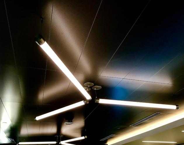 Axon / LightSaber Fixture